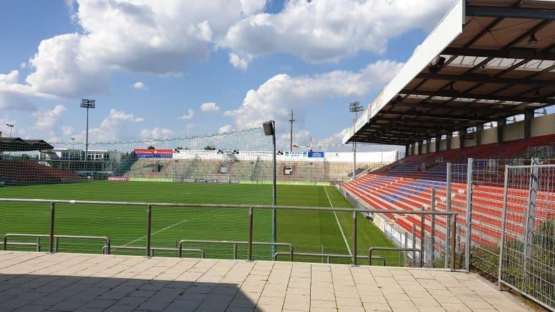 fussball stadion unterhaching wohung kaufen