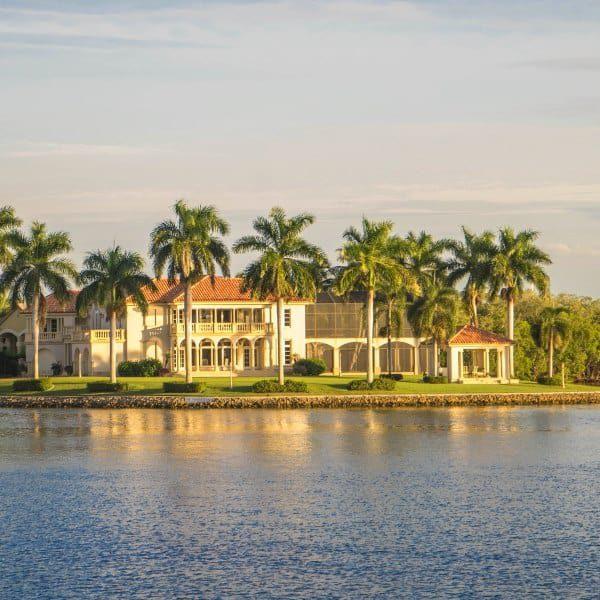 Haus an Intracoastal in Florida mit Wertsteigerung