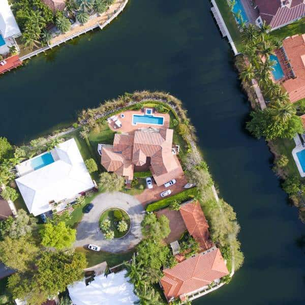 Luftaufnahme Haus mit Pool in Florida