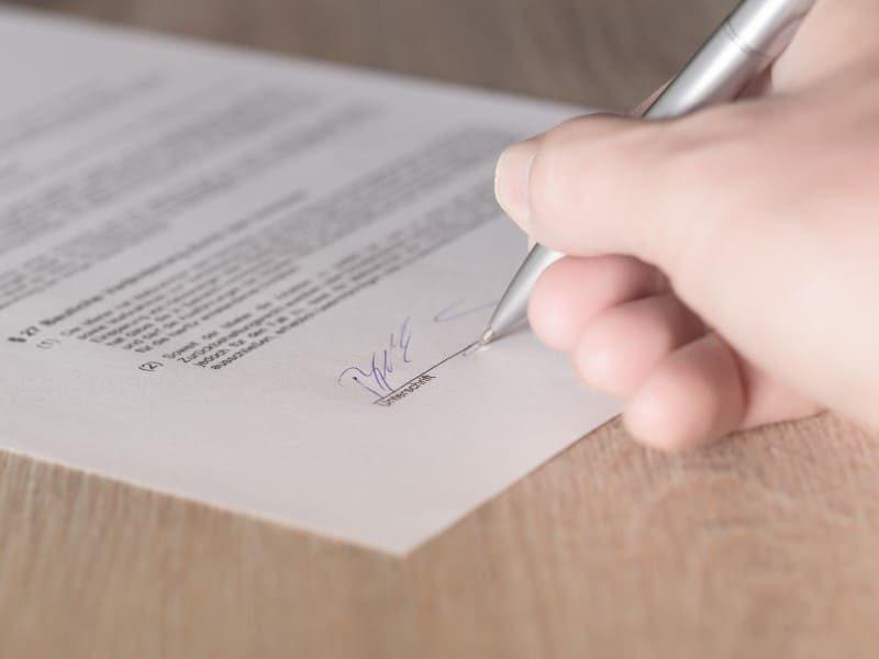 Mietvertrag vom Immobilienmakler professionell