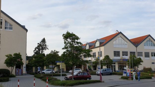 Immobilienmakler unterhaching einkaufszentrum